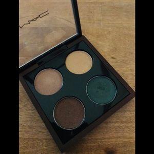 MAC Eyeshadow Pallet x4